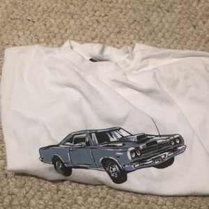white brandy melville graphic t shirt